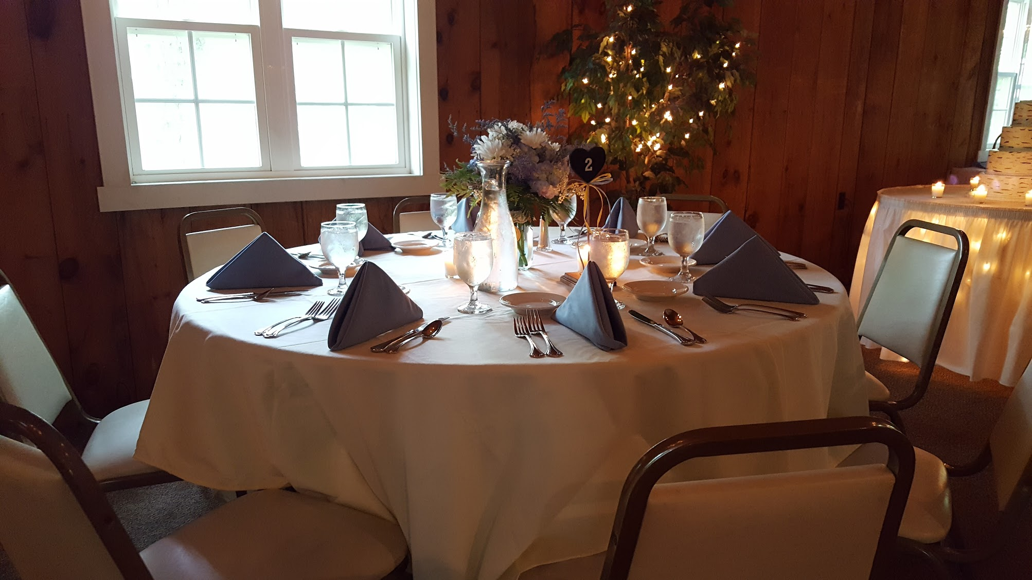 Table setting at wedding reception